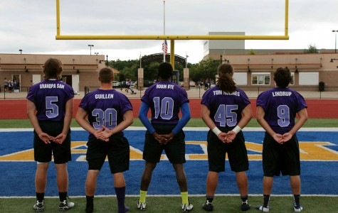 Football team honors those affected by cancer