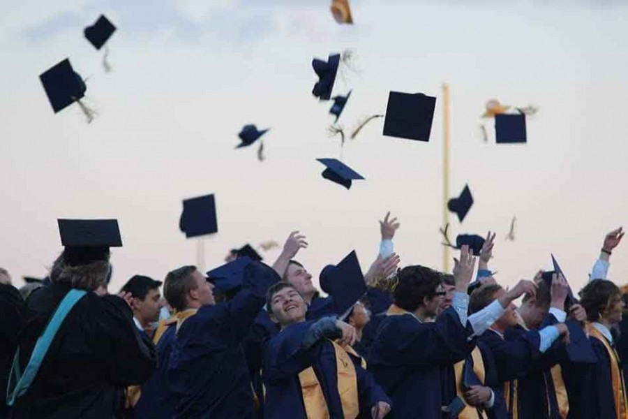 Grand Haven class of 2015 graduation ceremony