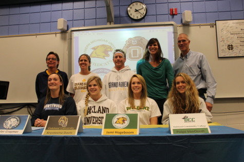 Gallery: Senior Basketball and Volleyball Players Sign to Play in College
