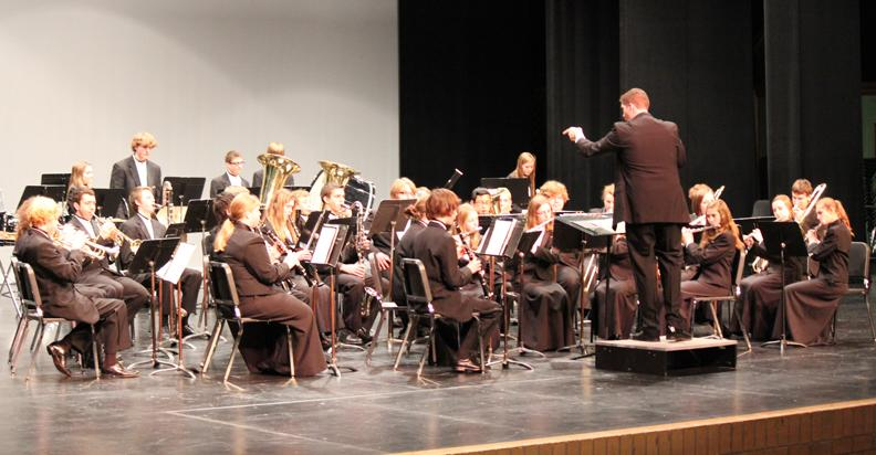 Music department gives strong performance at district festival