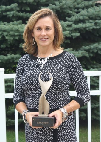 Lakeshore Athena Organization awards Principal Tracy Wilson
