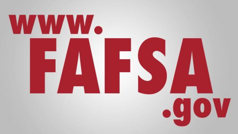 Experts from local colleges help students at FAFSA workshop