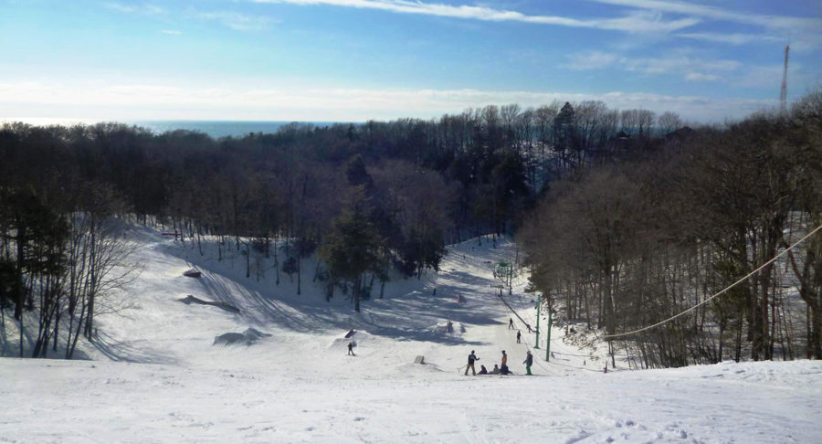 Mulligan's Hollow makes do with warm weather