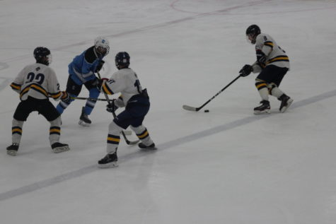Bucs battle back in third period to secure a draw against Northview