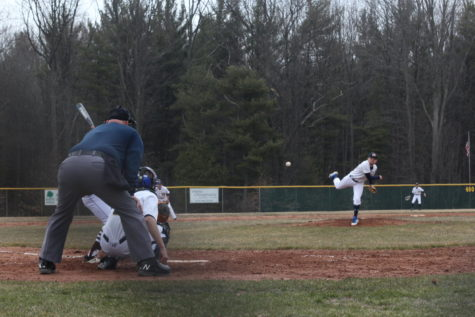 Strong pitching in Buccaneer split against conference rival West Ottawa
