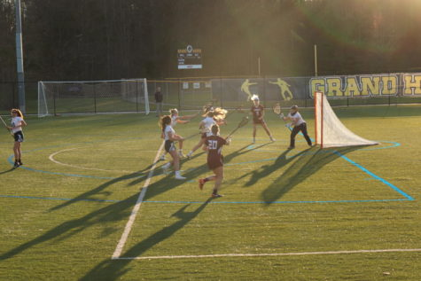 Girls lacrosse survives a thriller against West Ottawa
