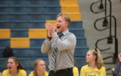 Smaka earns 500th win in volleyball