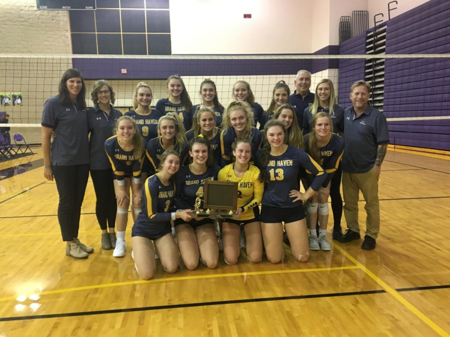 Girls+volleyball+prepares+for+districts