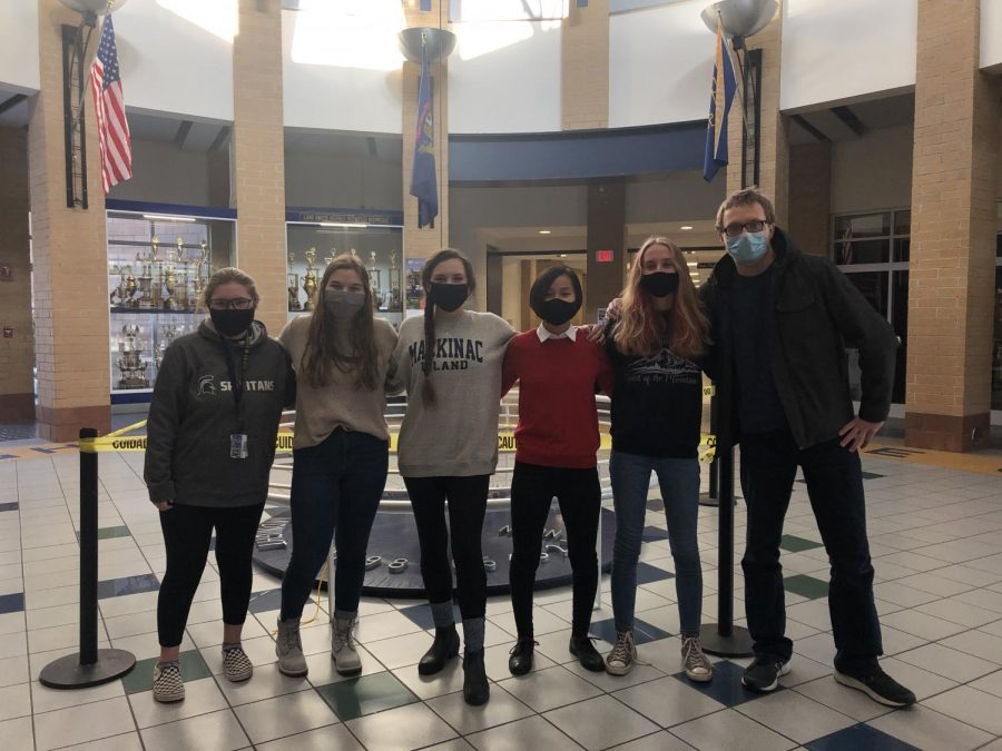 EARLY COLLEGE: Sydney Prins, BreAnna Wierda, Abrial Merz, Ali Egered, Kyle Penland and Madison Sylvester are few of the 11th grade students that are a part of the early college program here at Grand Haven High School.