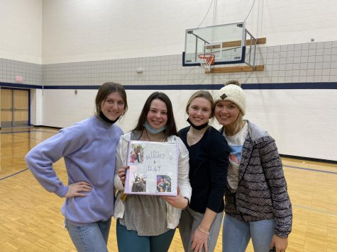 Senior offices Claire Macdonald, President Emerson Rosenberg, Kendall Hamm, and Ellyn Skodack. The theme for this year