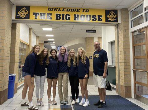 The girls golf team before their school send off.